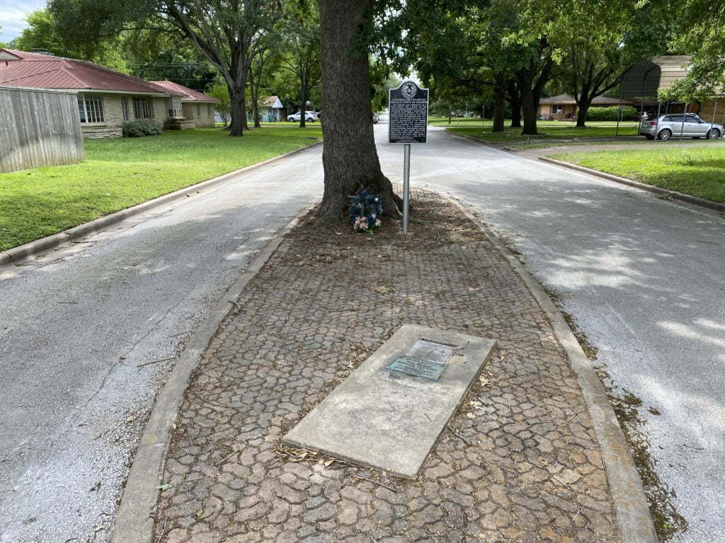 Hollie Tatnell's grave. The grave in the middle of the street in Hearne, Texas