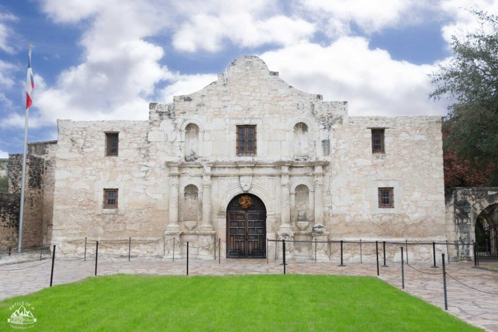 Visiting San Antonio: Your Guide to San Antonio from a Tourist