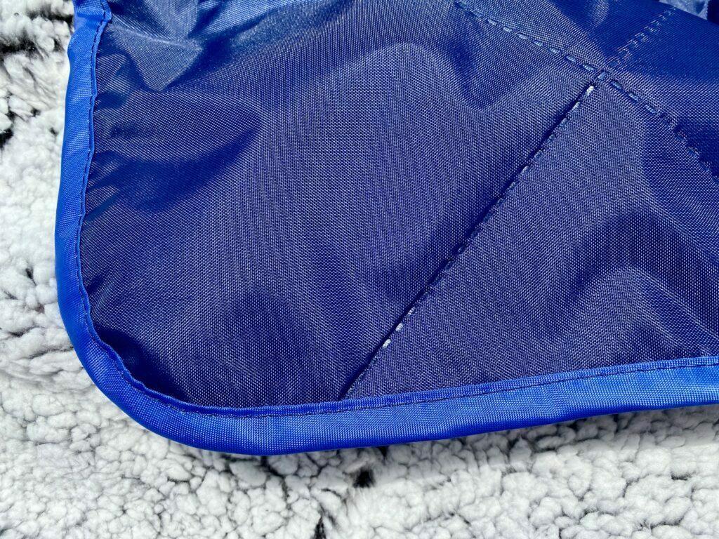Oceas waterproof sherpa blanket - backing